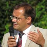 Minister Jörg Vogelsänger bei der Ansprache
